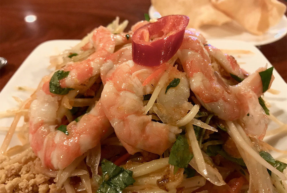 Vietnamese Pommelo and Shrimp Salad Hue Style